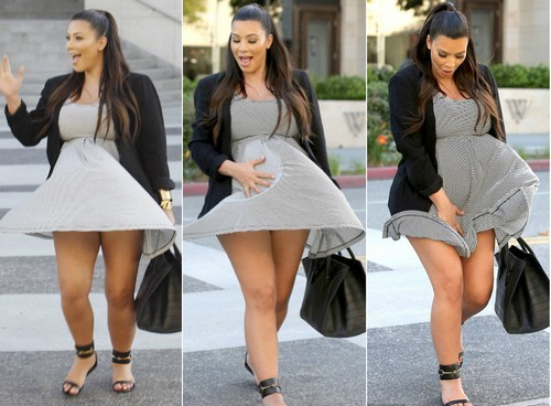 Kim-Kardashian-up-skirt-moment
