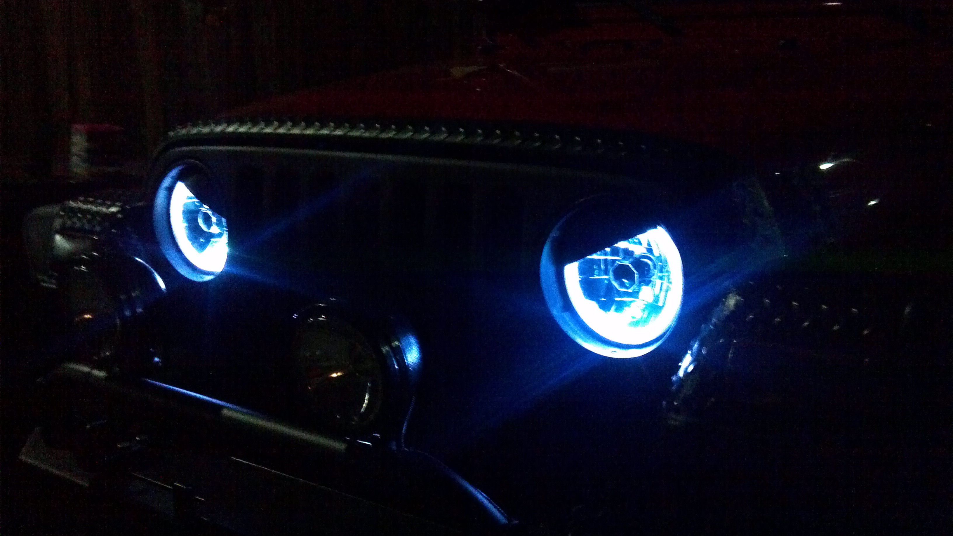 jeep wrangler headlamps