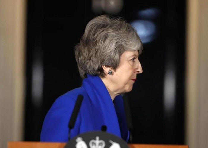 Brexit dilemma: May survives vote of no confidence