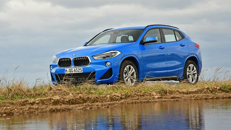 BMW X2 - the little one between the big ones