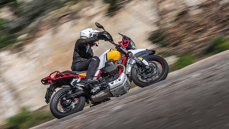 Here comes the savior Moto Guzzi V85 TT - runs in any terrain